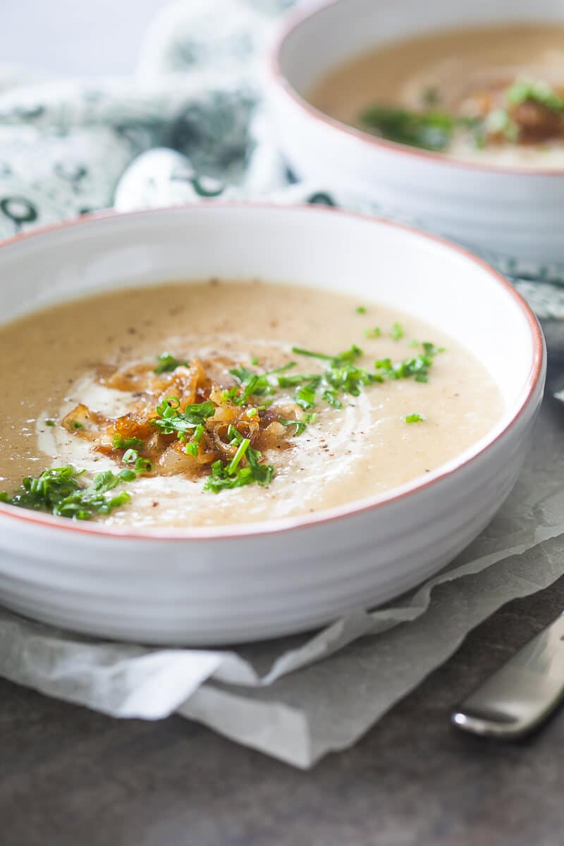 Roasted Cauliflower Soup with Caramelized Onions
