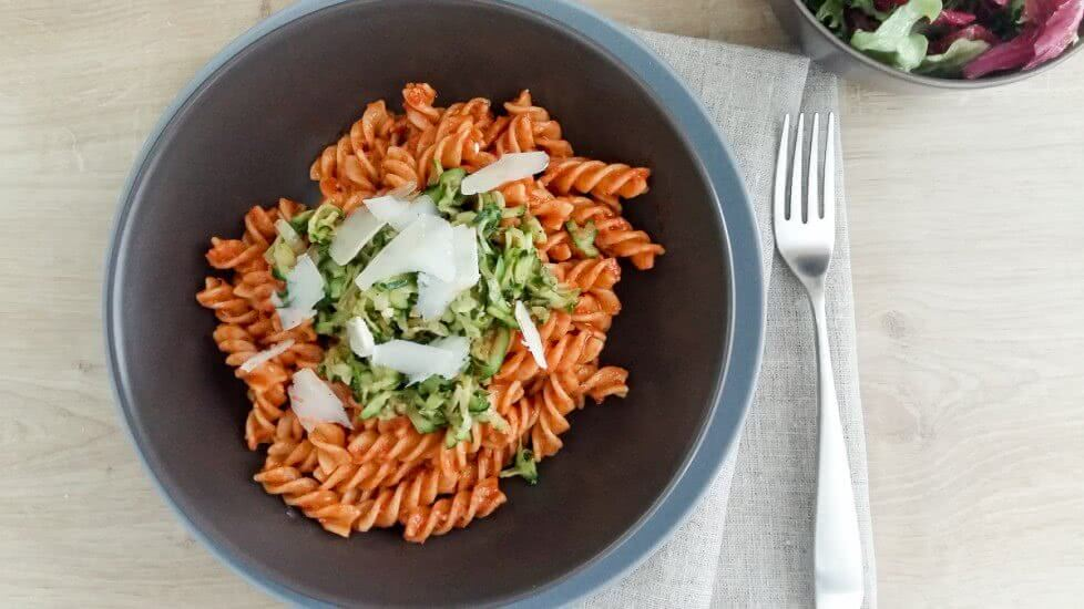 how to make red pesto at home