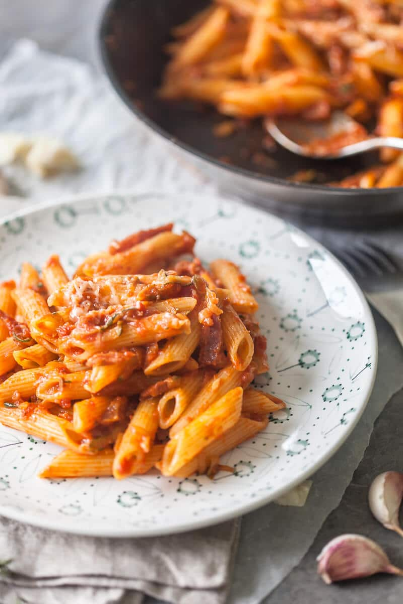 When you need a little kick make this 15-minutes Spicy Penne in Tomato Sauce with Salami. | www.vibrantplate.com