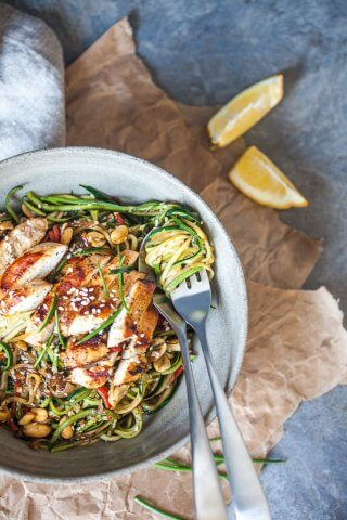 Low-Carb Chicken Zoodles {Zucchini Noodles}