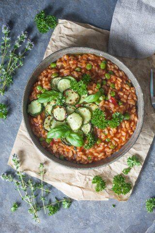 {Vegan} Creamy Grilled Zucchini Tomato Risotto
