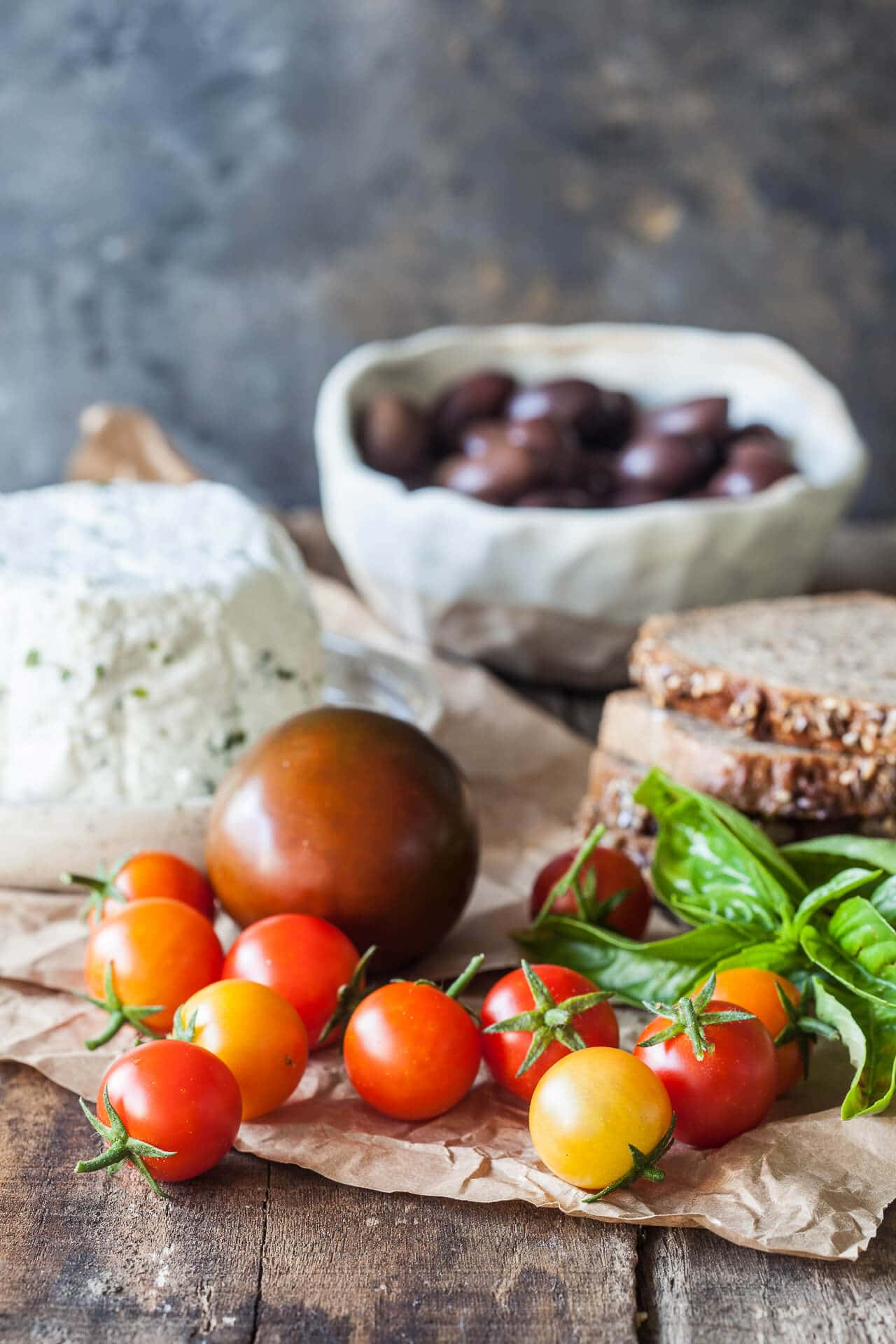 Tomato Wholewheat Sandwiches with Goat's Milk Ricotta are the perfect savory breakfast or a quick snack. Vegetarian and delicious!   Vibrant Plate