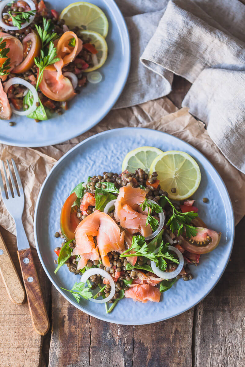 A simple Low-Carb Smoked Salmon Lentil Salad is high in protein and healthy fats. Dairy-free & Gluten-free! | Vibrant Plate