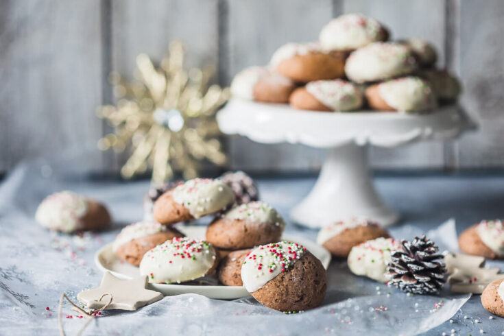 Soft Gingerbread Cookies with White Chocolate