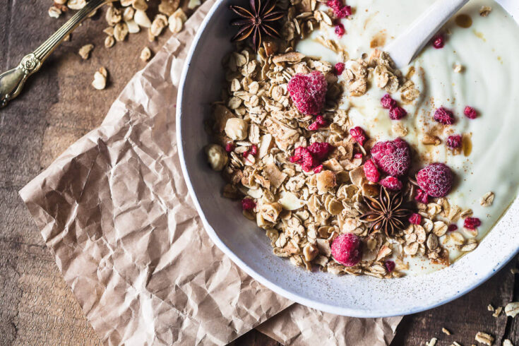 Gingerbread Hazelnut Granola {Vegan}