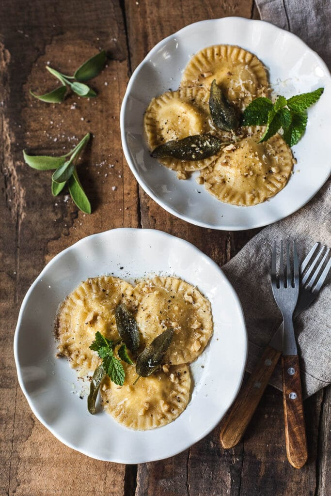This Smoked Ricotta Ravioli in Sage Butter Sauce is a breeze to make, vegetarian and delicious! |Vibrant Plate