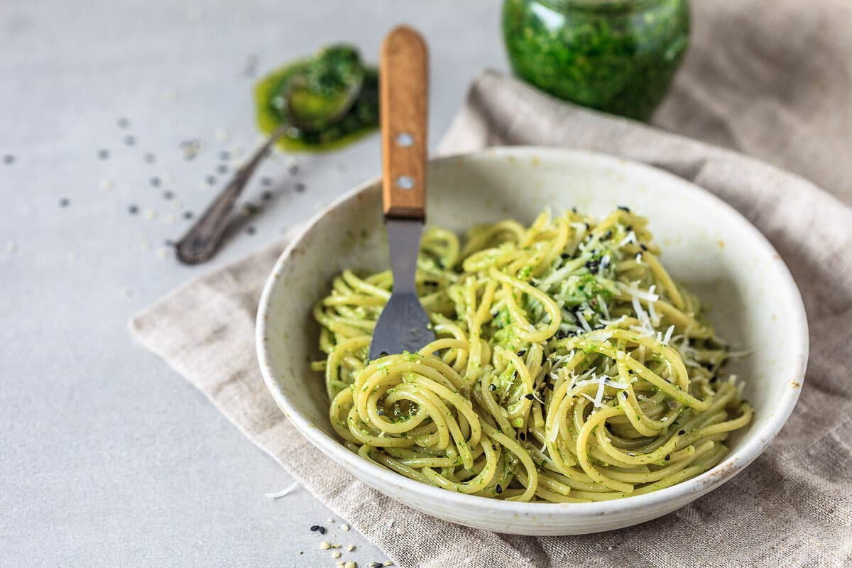 Wild Garlic Pesto Spaghetti {Vegan}