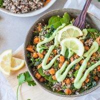 Chickpeas Kale Quinoa Buddha Bowl {Vegan}