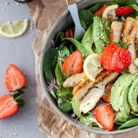 Chicken Strawberry Spinach Salad {Low-Carb}