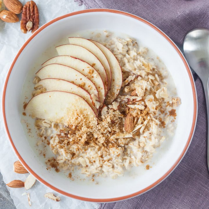 Sugar-Free Apple & Crunchy Nuts Overnight Oatmeal