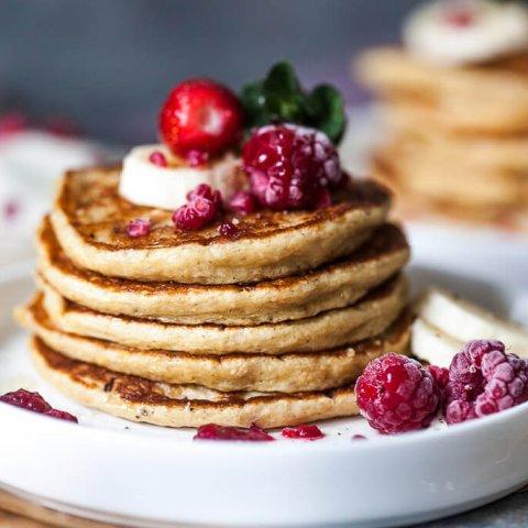 Gluten-Free Banana Oats Blender Pancakes