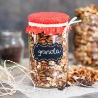 Healthy Dark Chocolate Breakfast Granola