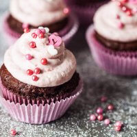 Cacao Cupcakes with Strawberry Cream