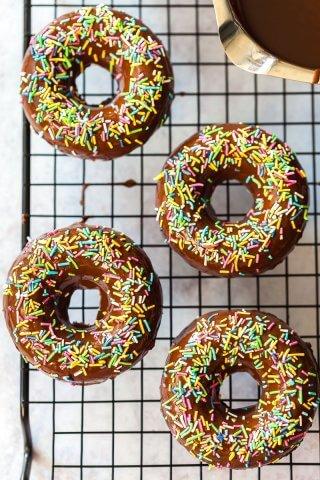 Healthy Vegan Chocolate Donuts