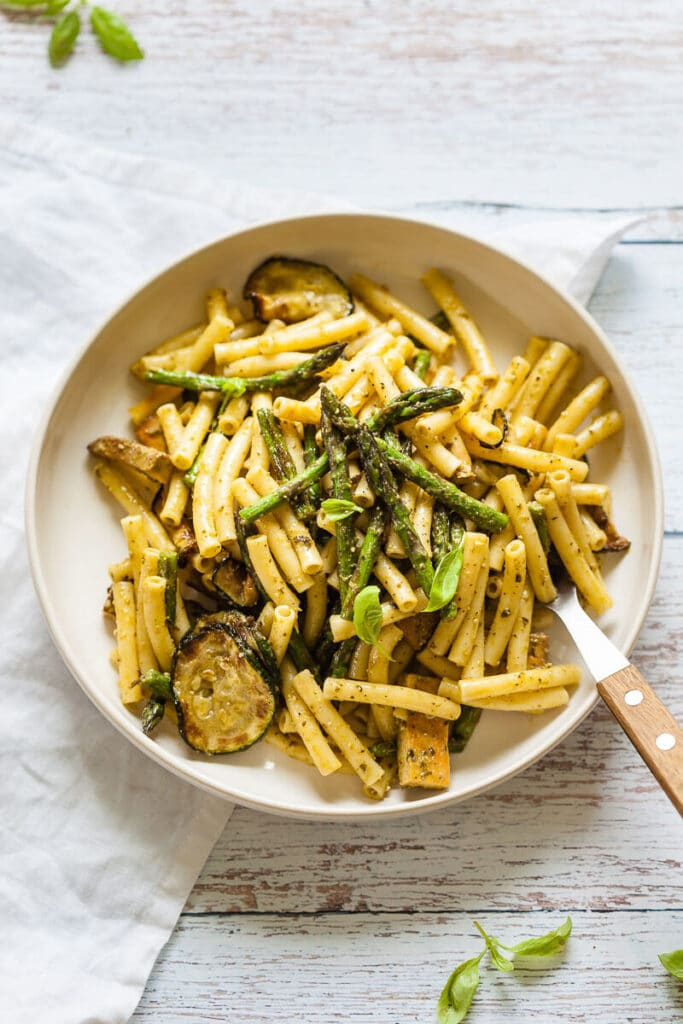 Vegan Green Pesto Pasta Salad