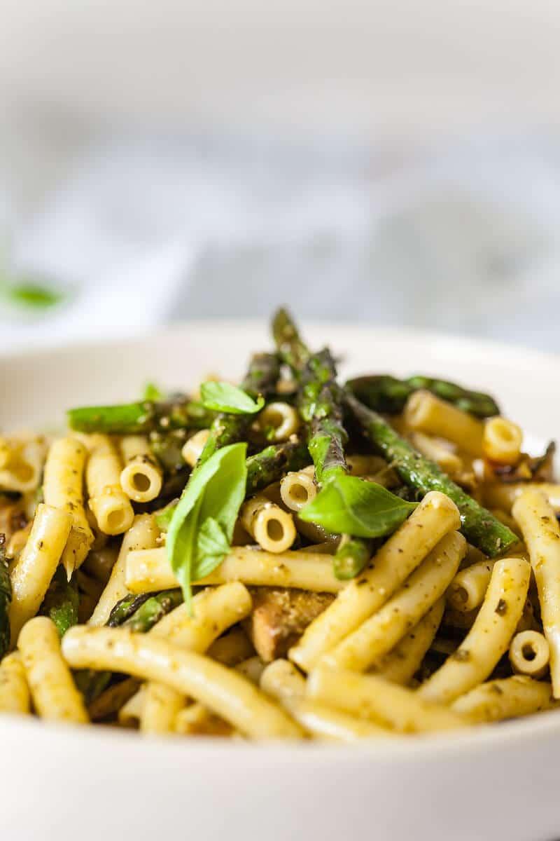 Vegan Green Pesto Pasta Salad