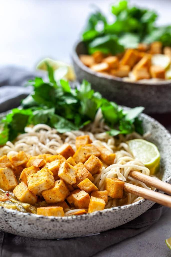 Easy Vegan Tofu Curry Ramen