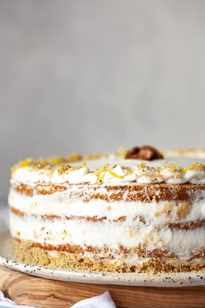 Walnut Cake with Vanilla Cream